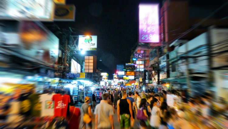 Khao-San-Road-at-night