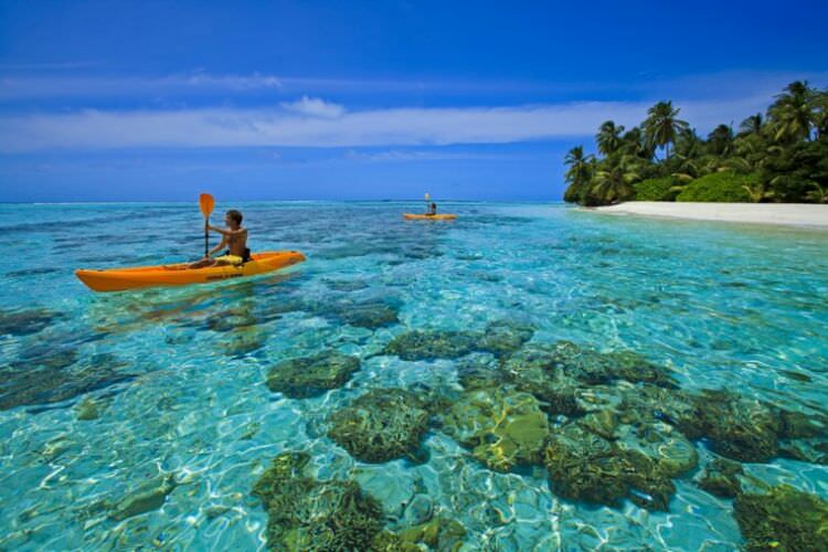 wpid-kayaking_maldives2.jpg