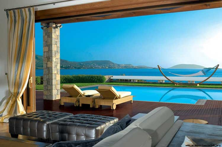 The Royal Villa at the Grand Resort Lagonissi in Athens