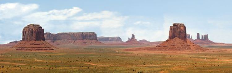 640px-Artist_Point-Monument_Valley-USA-retouched