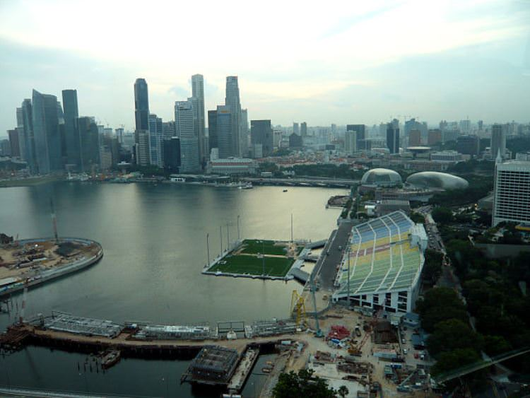 640px-Singapore_flyer_view1