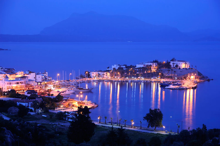 datca-at-night
