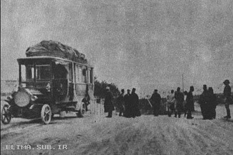 Bus_Iran-first