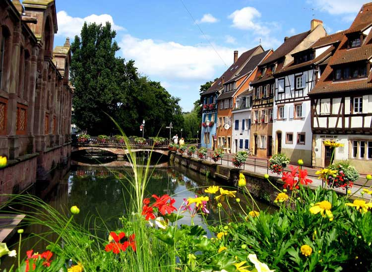 Colmar--Alsace--region--France-6