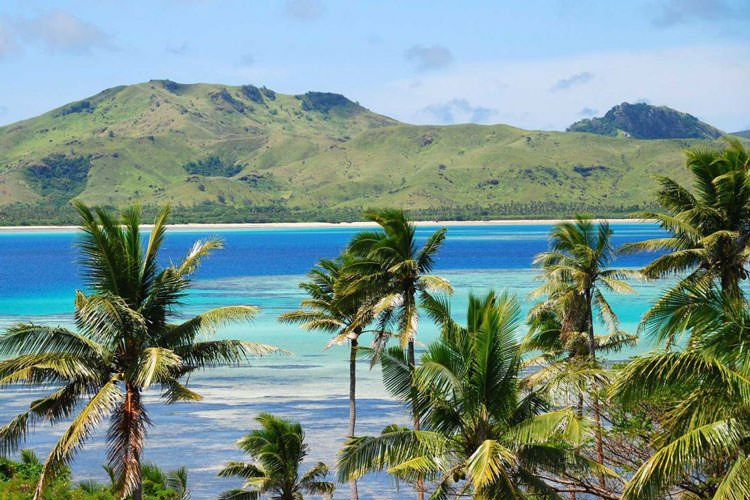 blue-lagoons-and-rugged-landscapes-make-fiji-a-honeymoon-spot-suited-for-everything-from-mountain-climbing-to-surfing-to-scuba-diving-to-zip-lining