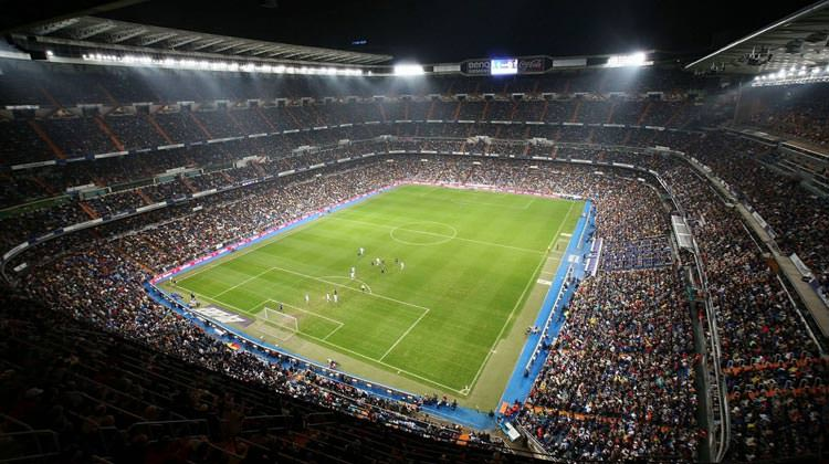 spectators-at-bernabeu