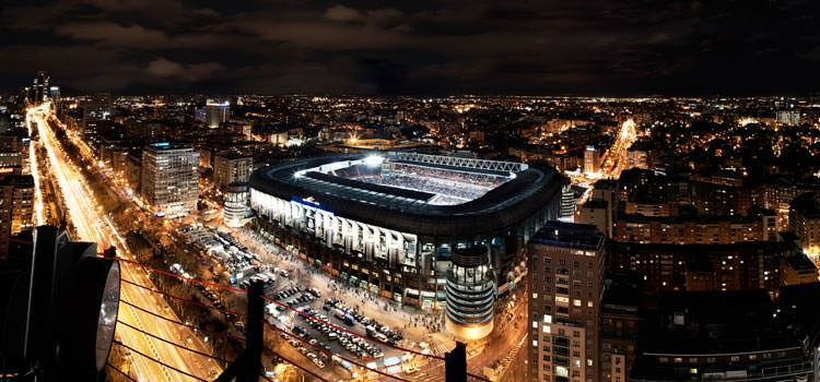 bernabeu-at-night