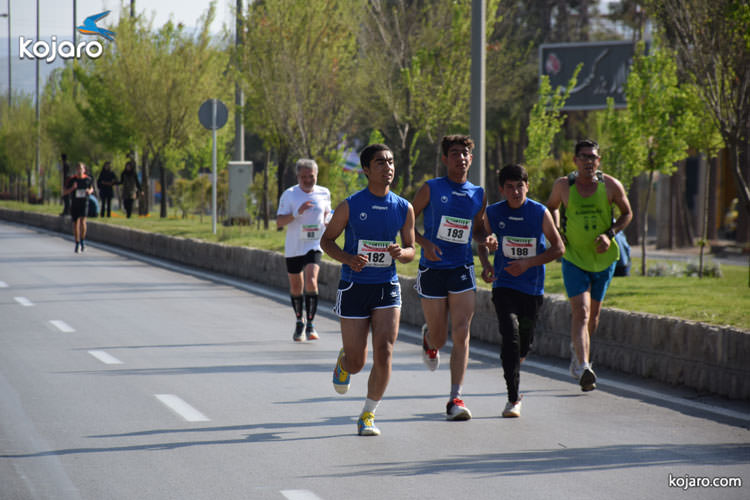 teenagers-iran-marathon