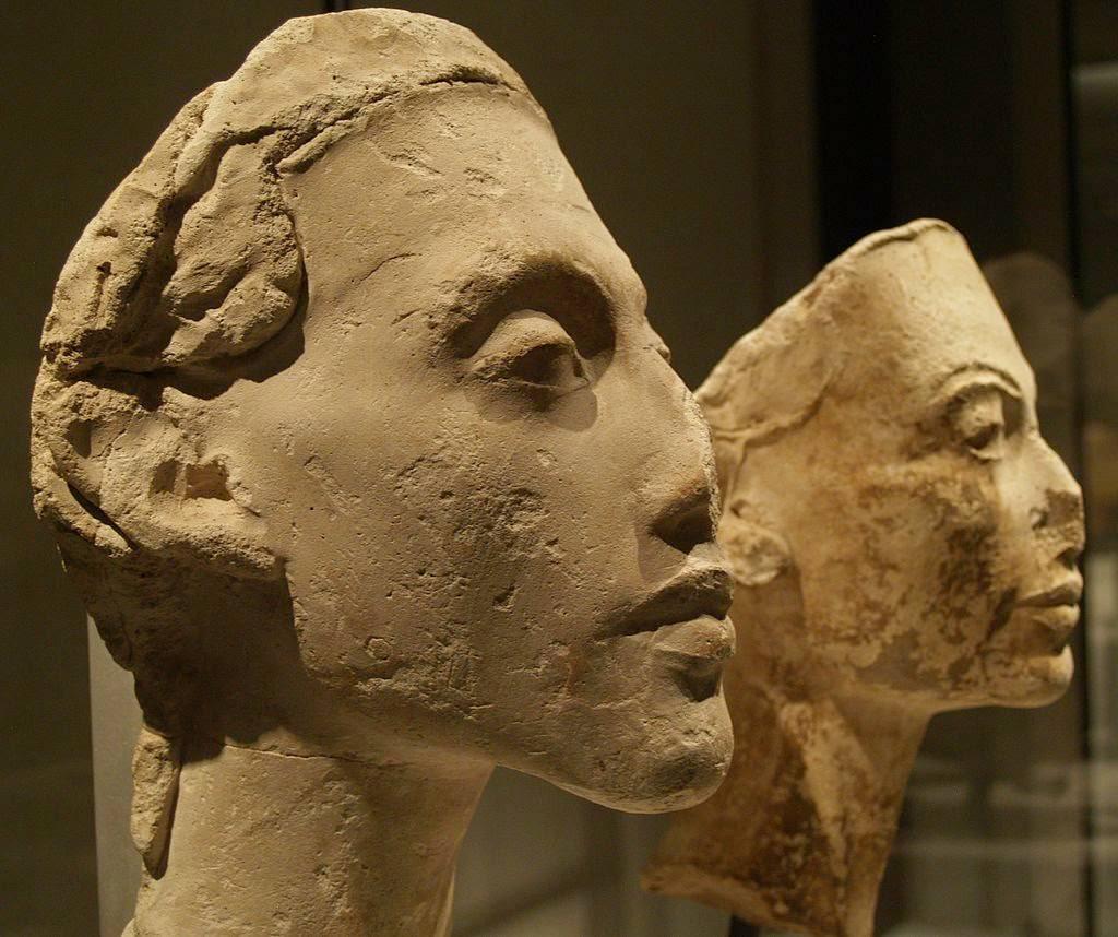 کشف سر مجسمه فرعون مصر باستان در شرق نیل