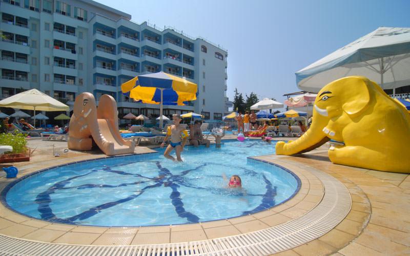 هتل سنزا هتل گرند سانتانا (Senza Hotels Grand Santana Hotel)