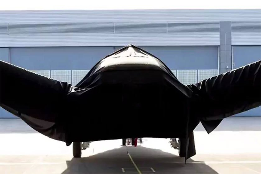 بوئینگ از هواپیمای راز آلود خود رونمایی میکند