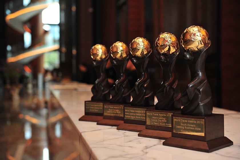 دیر جت جایزه بهترین هواپیمایی چارتر خصوصی جهان را دریافت کرد