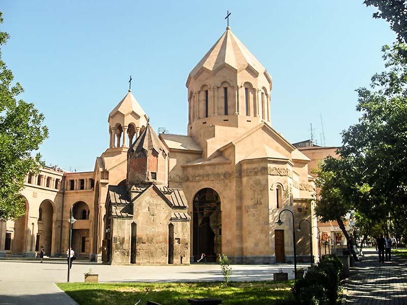 کلیسای کاتولیک ایروان