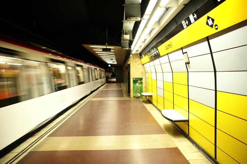 مترو بارسلونا