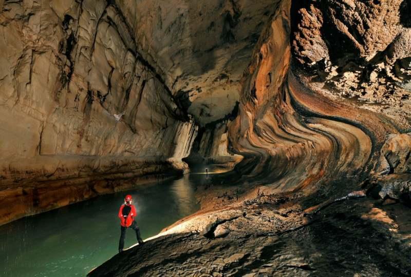 غارهای مولو (Mulu)