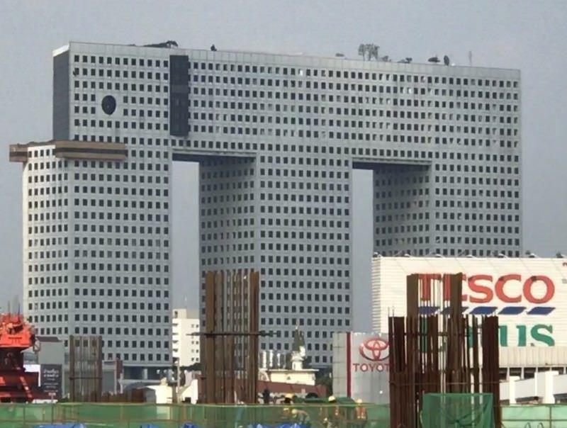 ساختمان الفنت