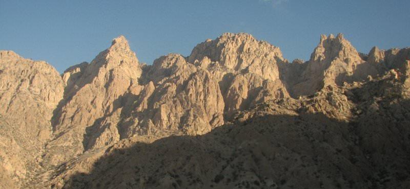 قله گنو