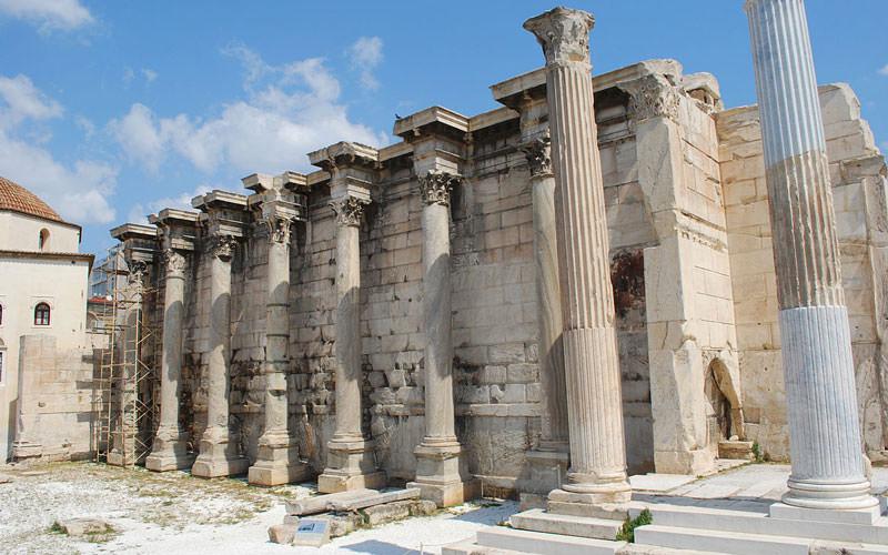 کتابخانه هادریان (Library of Hadrian)