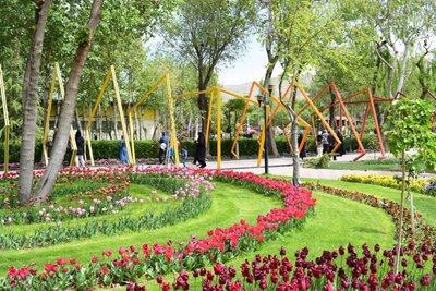 باغ لاله کرج، از دیدنی های استان البرز
