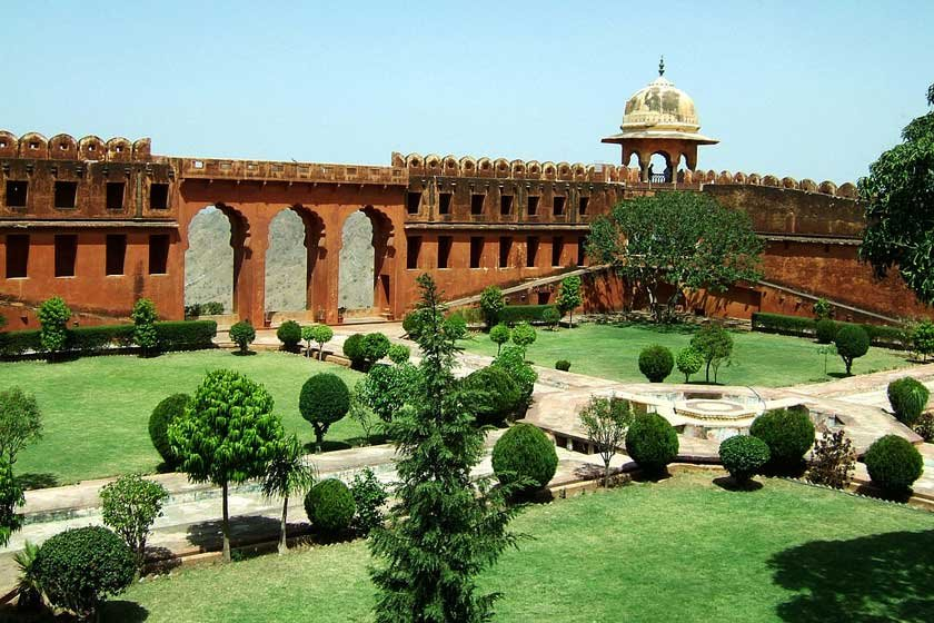 قلعه‌ جاگار (Jaigarh Fort)
