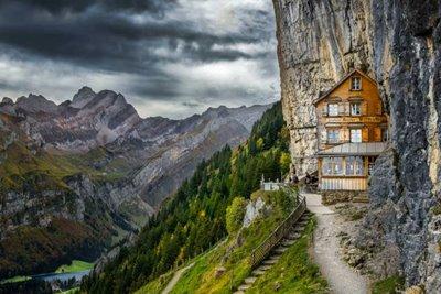 فیلم های مشهوری که در سوئیس فیلمبرداری شده اند