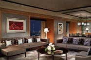 هتل ریتز کارلتون (The Ritz-Carlton)