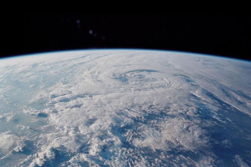 تغییر قطب شمال مغناطیسی زمین به چه معنا است؟