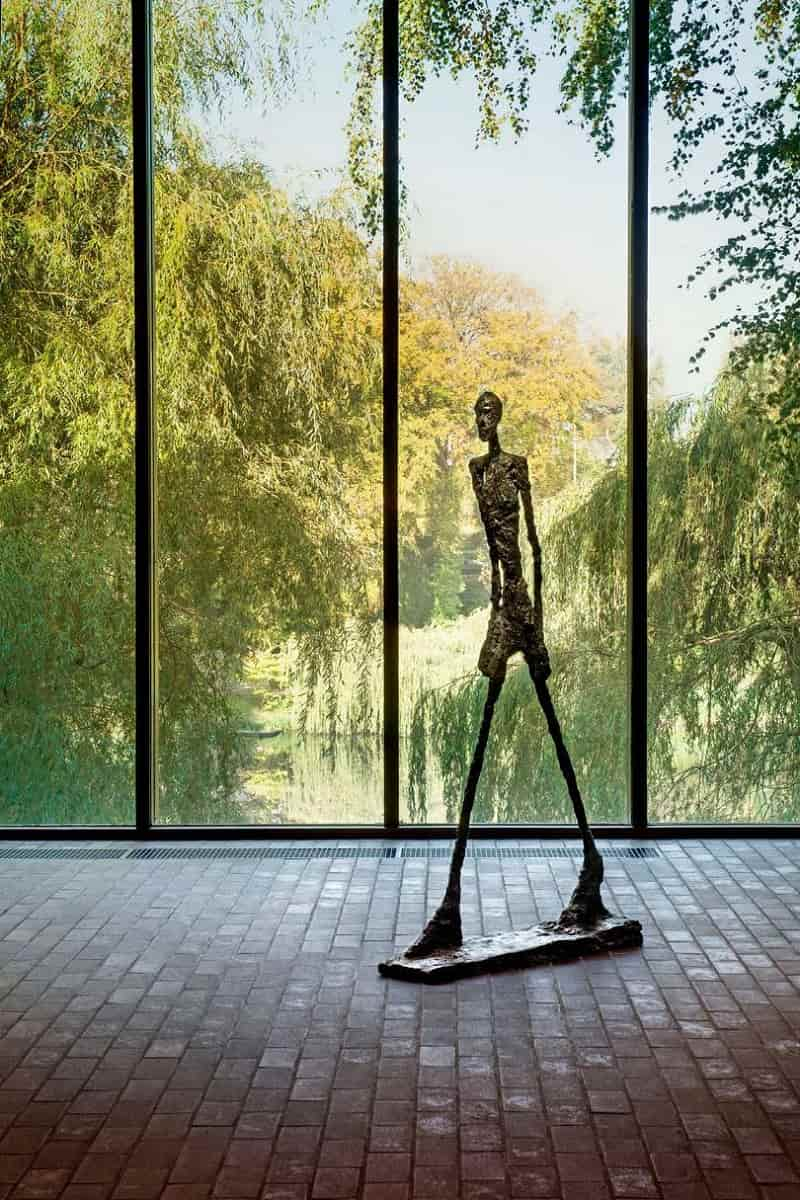 WALKING MAN BY ALBERTO GIACOMETTI