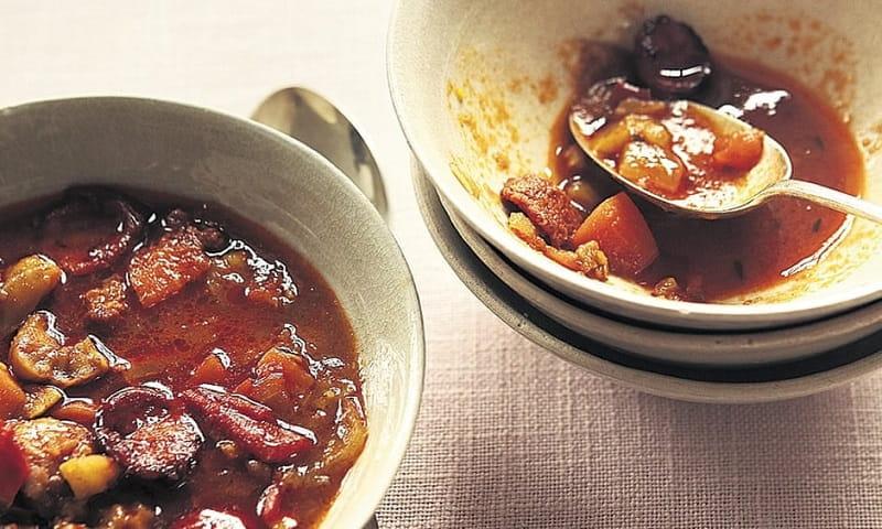 سوپ شاه بلوط و سوسیس گوشت