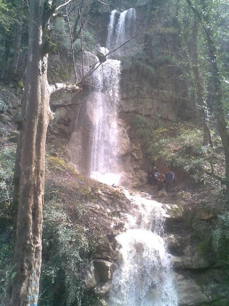 آبشار چلم زرین
